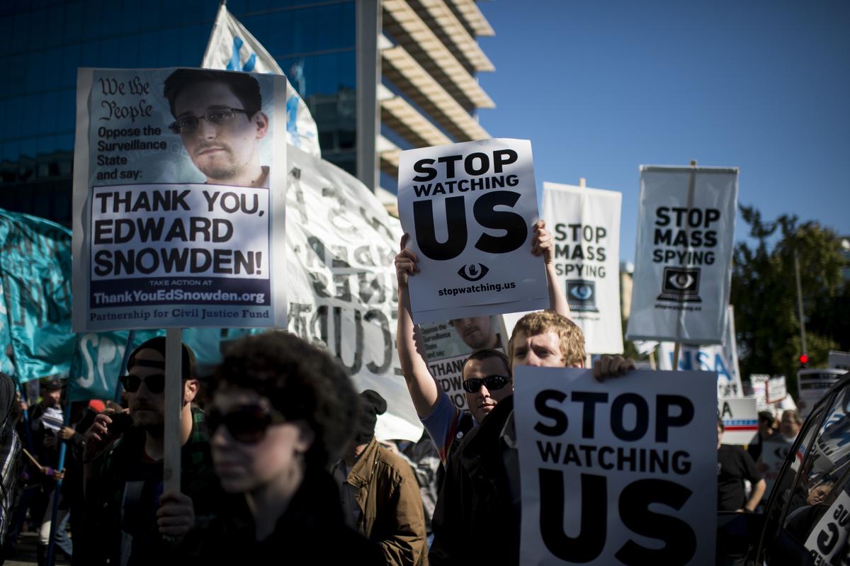 Contents The Guardian, 11 de octubre de 2014 Levantar el velo de las escuchas La película de Poitras muestra a un Snowden vindicado Citizenfour tiene que haber sido un documental […]