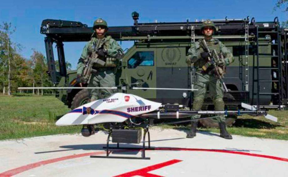 Los robot han sido usados por las fuerzas de seguridad desde siempre, para el retiro de explosivos, y para asistencia táctica en tomas de rehenes, por ejemplo, pero las nuevas […]